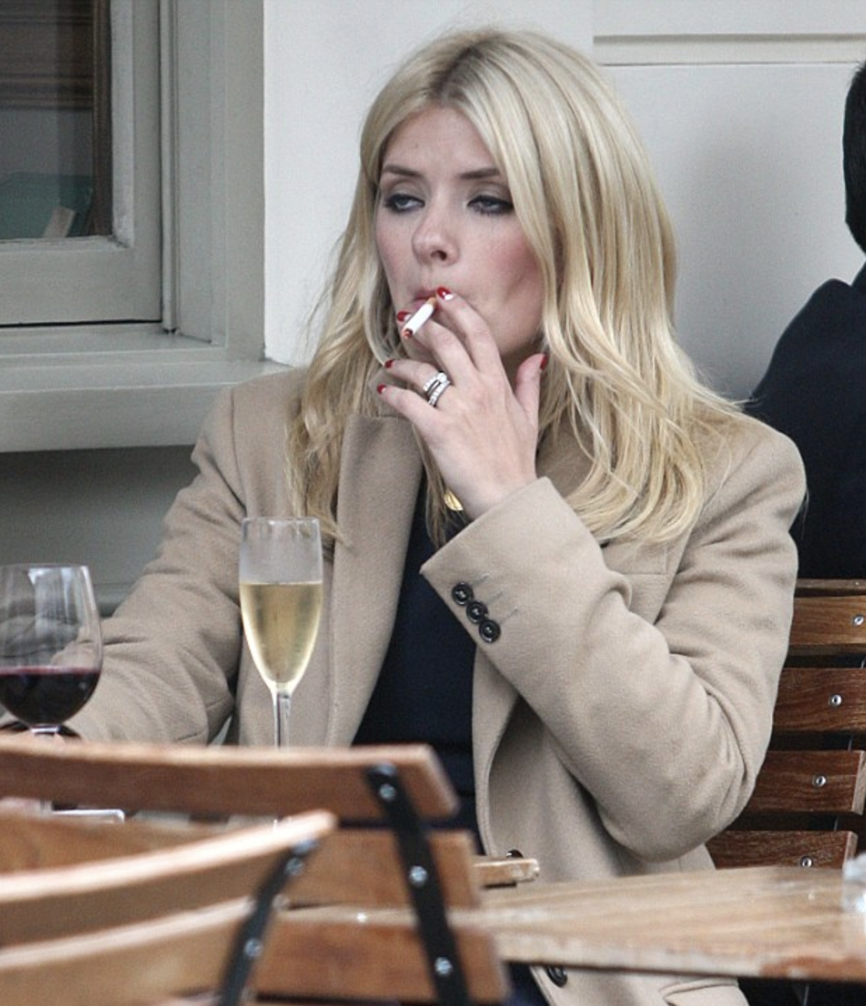 celebs caught smoking cigarettes holly willoughby