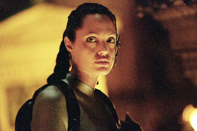 Angelina jolie in tomb raidar