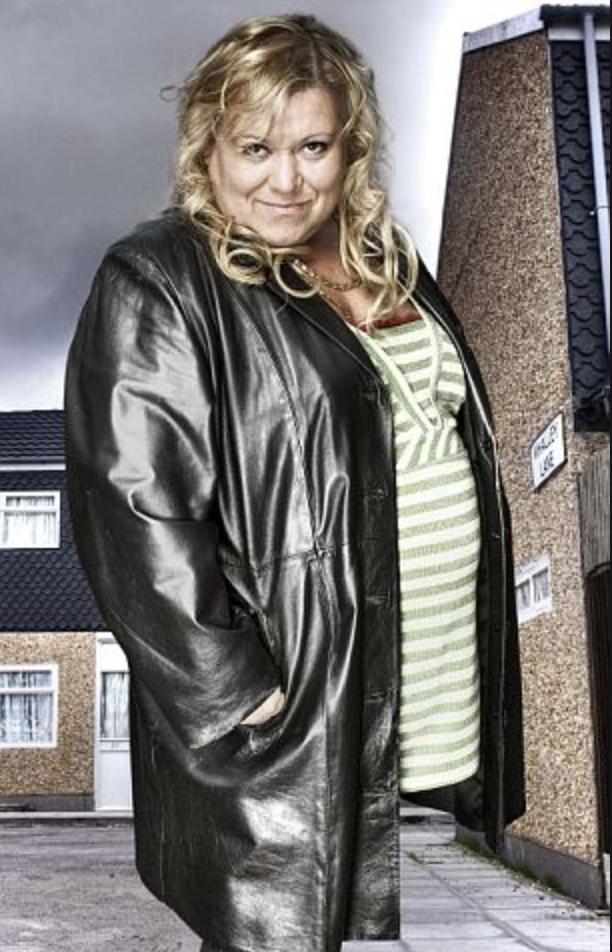 Shameless UK Cast - Mimi Tutton