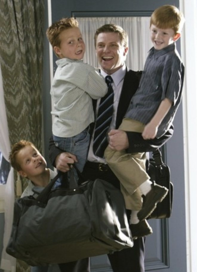 brent and shane kinsman (cheaper by the dozen twins) in a still from desperate housewives
