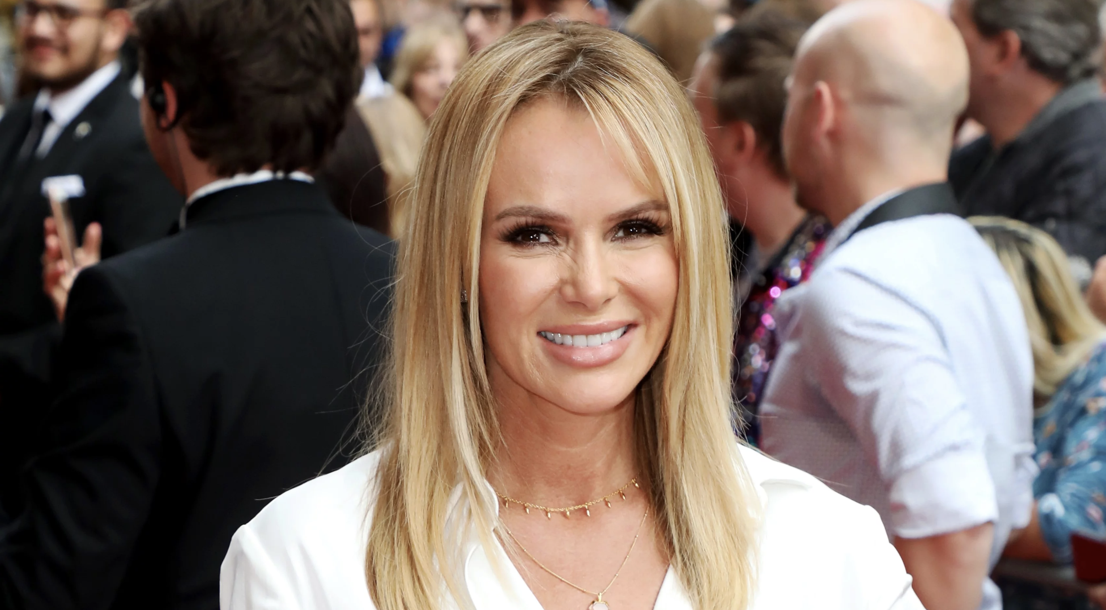 what is Amanda Holden net worth - Amanda on the red carpet