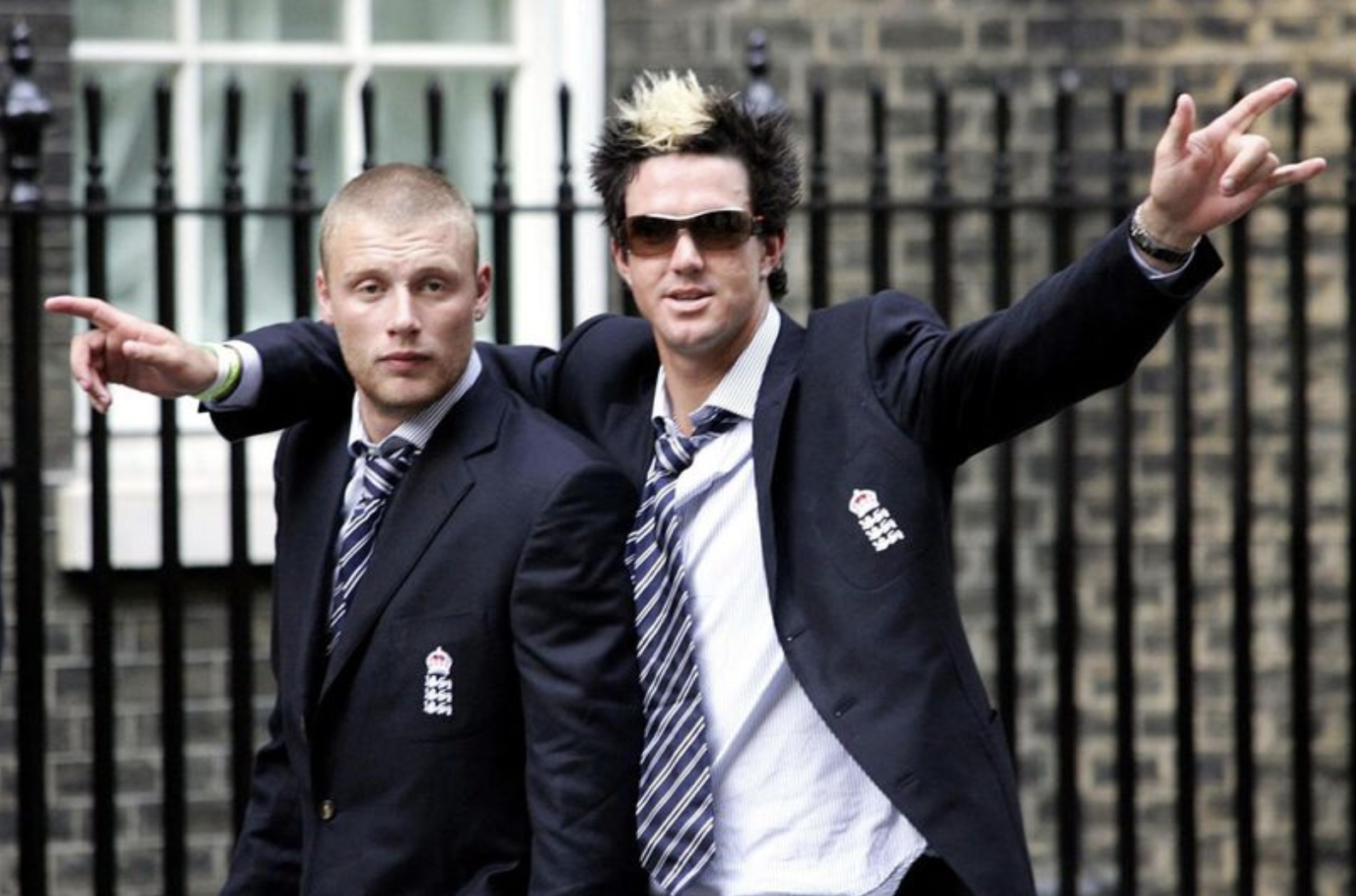 Freddie Flintoff With England's Kevin Pietersen at No10 Downing Street