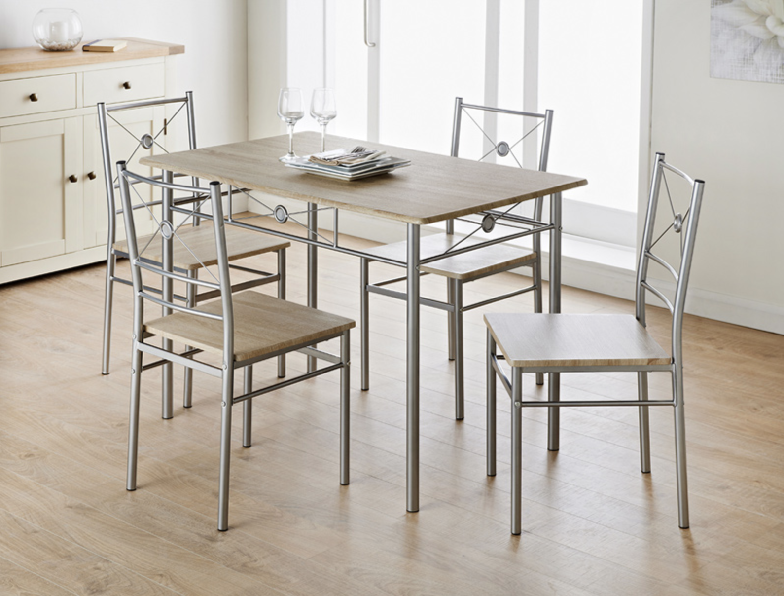 b&m stores furniture dining table