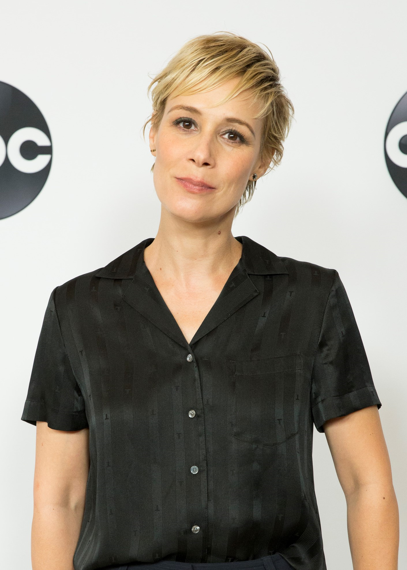 Liza Weil - How To Get Away With Murder